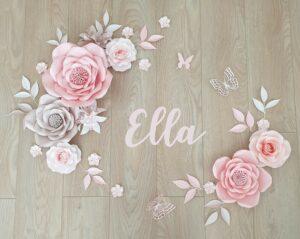 Dekorativní sada z papírových květů